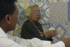 Bertemu Mantan Ketua Jurusan Sejarah Undip, Prof Dr AM Djuliati Suroyo